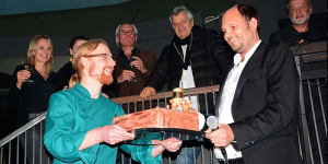 Photo: Stephan Hentschel offers cake for Cookies, by AEDT